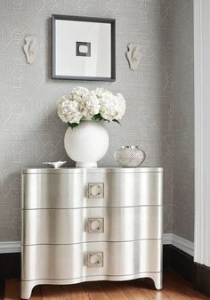 Thibaut Design East Gate in Grasscloth Resource 3 Rococo Furniture, Painted Furniture, Painted Walls, Grey Trellis Wallpaper, Textured Wallpaper, Consoles, Dresser As Nightstand, Bedside Chest, Dressers