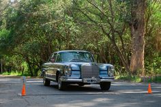 Mercedes Benz 250 cupe