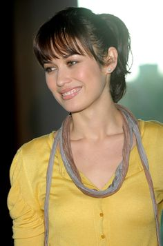Olga Kurylenko, Hollywood Actresses, Actors & Actresses, Deepika Padukone Hot, Bond Girls, Good Looking Women, Muscle Girls, Woman Face, Celebrity Photos