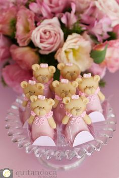 Quitandoca Fotografia-7 - festa tema ursinha Bear Cupcakes, Bear Cookies, Cake Pops, Dessert Buffet Table, Chocolates, Teddy Bear Cakes, Sugar Craft, Fondant Figures, Sweet Cakes