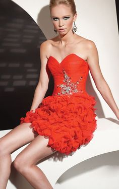 💁💞💋Hermosa y sensual Betty🙋💕💋🙆 Cheap Wedding Dress, Wedding Party Dresses, Betty Boop, Mini Party, Strapless Dress Formal, Formal Dresses, Trends, Special Occasion Dresses, Homecoming Dresses