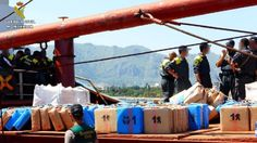 La Guardia Civil interviene cerca de veinte toneladas de hachís en un buque con destino a Libia.  Cien detenidos al caer una red con cerca de 100.000 kilogramos de hachís Los investigadores creen que los criminales financiaban la compra de armas para yihadistas
