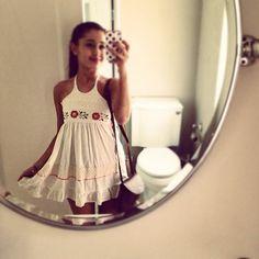 ariana grande instagram vestidos - Buscar con Google