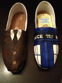 Doctor Who Toms by MG Designs by mckenziegrimm on Etsy Disney Painted Shoes, Hand Painted Shoes, Doctor Who Shoes, Sharp Dressed Man, Tardis, Custom Shoes, Me Too Shoes, Men Dress, My Style