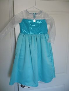 Elsa Frozen Dress for Girls with Detachable Cape Size 3-8 on Etsy, $50.00