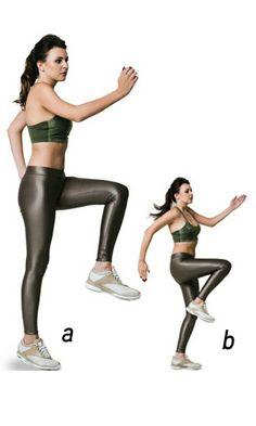 DIA 1    Corrida no lugar  a. Em pé, uma das pernas elevada com o joelho em ângulo de 90 graus e cotovelos flexionados. O braço oposto à perna elevada fica à frente do corpo e o outro atrás.    b. Salte e troque o pé de apoio e a posição dos braços, simulando uma corrida sem sair do lugar.