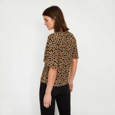 96ccdb074ef9 Cheetah print t-shirt in 2019 | SPIRIT CLOTHING | Animal print t ...