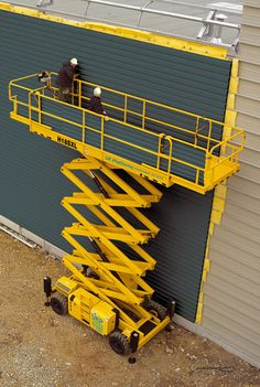 H15SXL Scissor 15m - Compact stowed height makes transporting this scissor lift easy. It's robust and easy to maintain. #toolhire #equipmenthire #hss #hsshire #access #poweredaccess #scissorlift #scissorlifthire #scissorlifts