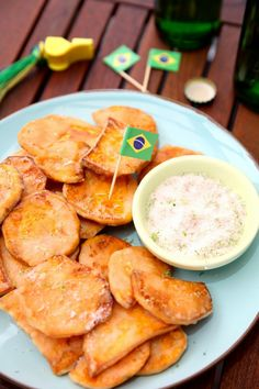 Csibe: Édesburgonya chips Junk Food Snacks, Chips, Sweet Potato, Cantaloupe, Snack Recipes, Muffin, Lime, Potatoes, Fruit