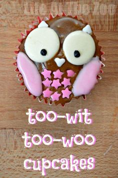 Owl Cupcake recipe so cute and SO EASY! You don't have to be creative to make it! http://www.lifeatthezoo.com
