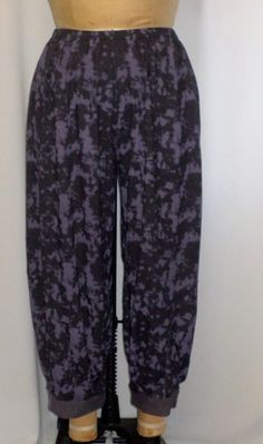 926bfb8df00 Coco and Juan Lagenlook Plus Size Print Denim Knit Bubble Pant Size 1 fits  1X