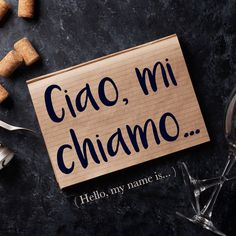 Frase della settimana / Phrase of the week: Ciao, mi chiamo... (Hello, my name is...) Learn more about this phrase by visiting our website! #italian #italiano #italianlanguage #italianlessons Italian Phrases, Italian Words, Italian Quotes, Italian Lessons, French Lessons, Spanish Lessons, Italian Language, Korean Language, Japanese Language