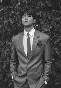"""rowoon pics #sf9 on Twitter: """"first collection - black rated ver. © album scans by rowoonram2 #로운 #ROWOON @SF9official… """" Cute Asian Guys, Asian Boys, Asian Men, Cute Guys, Korean Boys Hot, Korean Men, Handsome Korean Actors, Handsome Boys, Beautiful Boys"""