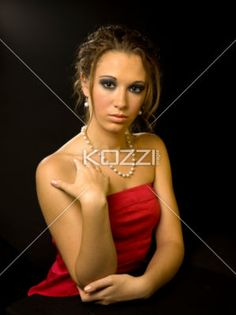 teen girl portrait - A portrait of a young woman with pearl jewelery.                           Makeup By: Wright Artistry