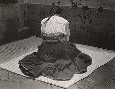 Model Luz Jimenez clothed, 1926 by Edward Weston. Tina Modotti, Henry Westons, Skins 2017, Natural Hair Art, Real Nature, Edward Weston, Paul Gauguin, Fantasy Artwork, Photomontage