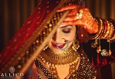 indian wedding photography and videography Kerala Wedding Photography, Wedding Photography Packages, Wedding Photography And Videography, Wedding Photography Poses, Couple Photography, Modern Photography, Photography Ideas, Bridal Poses, Bridal Photoshoot