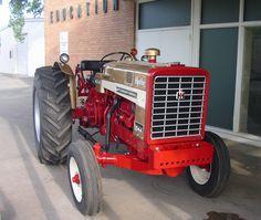 International Tractors, International Harvester, Mario Silva, Red Tractor, Tractor Pulling, Old Farm, Ih, Barns, Ranch