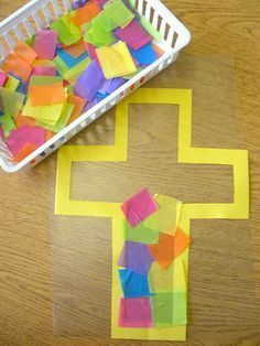 Cute Easter Craft Ideas for Kids Stained Glass Easter Cross Craft. Use construction paper, colorful tissue paper, file folders and sticky contact paper to create an Easter cross for kids. Teach them the true meaning of Easter. Easter Cross, Easter Art, Easter Crafts For Kids, Toddler Crafts, Bunny Crafts, Easter Eggs, Easter Ideas, Easter Projects, Children Crafts
