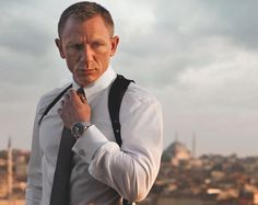 Accessorize your shirt as James Bond