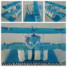 Vliegtuig van luiers (roze, blauw of neutraal)
