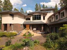 A true Canadian Rocky Mountain masterpiece. Rocky Mountains, Homes, Mansions, House Styles, Home Decor, Houses, Decoration Home, Room Decor, Villas