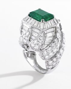 Platinum, emerald and diamond #Ring by #DavidWebb