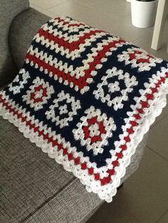 Crochet Dishcloth Christmas Blankets 67 Ideas For 2019 Crochet Granny Square Afghan, Easy Crochet Blanket, Granny Square Crochet Pattern, Afghan Crochet Patterns, Crochet Squares, Granny Squares, Crochet Blankets, Plaid Crochet, Crochet Quilt
