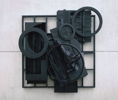 Louise Nevelson Image