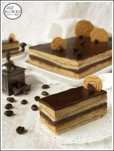 Opera Cake, Cake Bars, Hungarian Recipes, Sweets Cake, Four, How To Make Cake, Cake Cookies, Nutella, Cookie Recipes