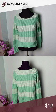 Adorable Mint Green Striped Knitted Sweater In excellent condition Sweaters Crew & Scoop Necks