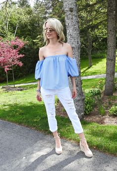 Summer style, blue striped OTS balloon sleeve top, white distressed cropped jeans, suede wedge espadrilles, tassel bracelets, tiaras and heels blog