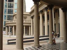 Galería de entrada al Teatro Solís, Ciudad Vieja en Montevideo - Uruguay