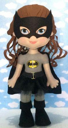 Felt Diy, Felt Crafts, Felt Dolls, Doll Toys, Batman Girl, Hello Kitty Backgrounds, Sewing Dolls, Hello Dolly, Batgirl