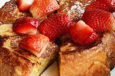 Toast francese dolce alla confettura di fragola