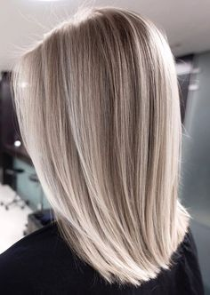 Fall Blonde Hair, Silver Blonde Hair, Blonde Hair Shades, Light Blonde Hair, Blonde Hair Looks, Balayage Hair Blonde, Ombre Hair, Ash Blonde Hair Colour Ideas, Medium Hair Styles