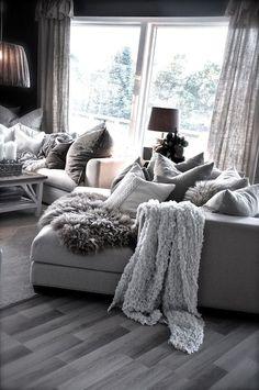 Cozy Livng Room Ideas (146)