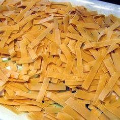Egy finom Házi (durum) tészta ebédre vagy vacsorára? Házi (durum) tészta Receptek a Mindmegette.hu Recept gyűjteményében! Ravioli, Carrots, Healthy Recipes, Baking, Vegetables, Food, Homesteading, Pasta Shapes, Fine Dining