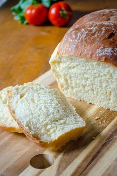6 Must Try Recipes To Bake With Your Amish Friendship Bread Starter – 12 Tomatoes Amish Bread Recipes, Bread Machine Recipes, Sourdough Recipes, Dutch Recipes, Yummy Recipes, Recipies, Amish Bread Starter, Friendship Bread Recipe, Amish White Bread