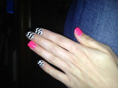 Chevron. Nails