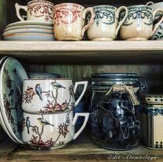 tea with mrs. Vintage Cups, Vintage Dishes, Vintage Table, Cottage In The Woods, Cozy Cottage, Mourning Dove, Antique China, Vintage Pottery, Earthenware