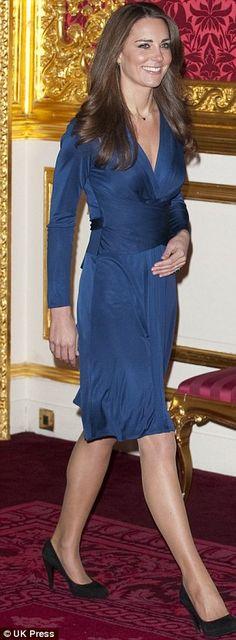 Kate Middleton in blue Issa