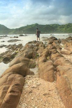 Pantai Wedhi Ombo