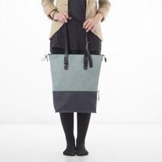 Volume IV (Love) Shops, Bucket Bag, Bags, Fashion, Weaving, Handbags, Moda, Tents, Pouch Bag