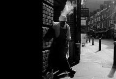 "Ian Brumpton (UK): ""Non-Confrontational Street Photography"""