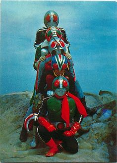 Publicity pose for TOEI's 1974 movie, 五人ライダー対キングダーク Superhero Tv Shows, Japanese Show, Robot Cartoon, Japanese Superheroes, Japanese Monster, Childhood Tv Shows, Kamen Rider Series, Japanese Characters, Old Tv