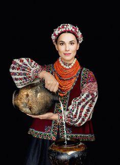 From: Ukrainian Dance World FB (12/09/2016)