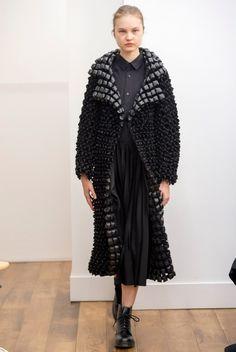 Kei Ninomiya Noir (Comme des Garcons) AW 2015-16 runway