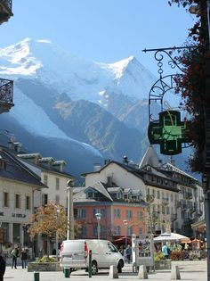 Chamonix-Mont-Blanc, France-- I absolutely loved it here! Different from how you typically picture France. VERY STUNNING♥