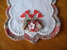"""""""Double Handled Sweetheart Bouquets"""" Penny Rug Runner Candle Mat Primitive 