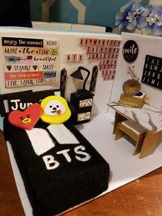 Mini BTS room | ARMY's Amino